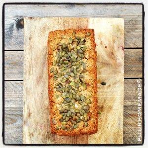 quinoa-boekweit-brood met chiazaadjes, hennepzaad & pompoenpitten - Puur Homemade