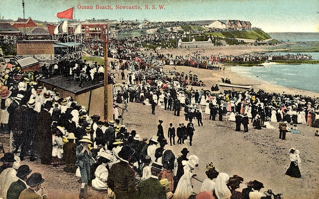 Crowd at Newcastle Beach, NSW, Australia [c.1900's] | Flickr - Photo Sharing!