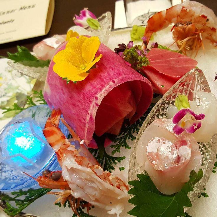 Sashimi tuna (it melts) shrimp (it's big) squid red snapper #kaiseki by victoria.huimin