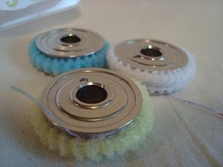 bobbin tamers: just use those little pony holders..