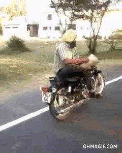 This guy who is the king of the danger multitasking: