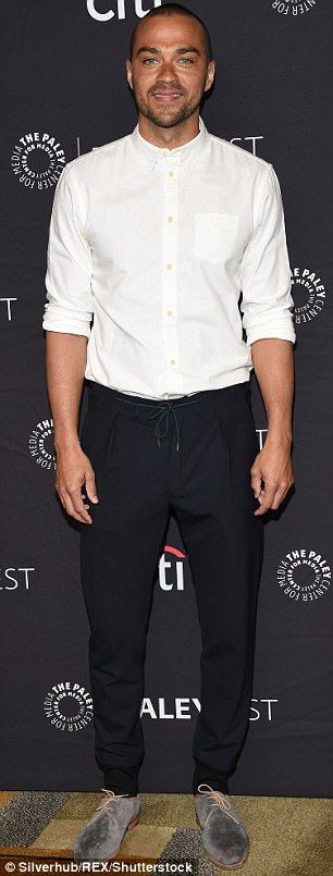 New love? Jesse Williams appears to have a new love in his life. According to a Tuesday report from People , the Grey's Anatomy actor is dating Minka Kelly, 37