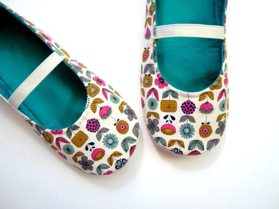 Slippers  Pink Blue Khaki Green Navy White and Jade by Molipop