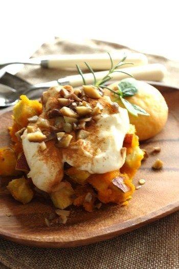 ほっくり甘いかぼちゃとさつまいも。マスカルポーネチーズ、シナモン、はちみつで作ったソースをかけた、秋らしい味覚の一皿です。