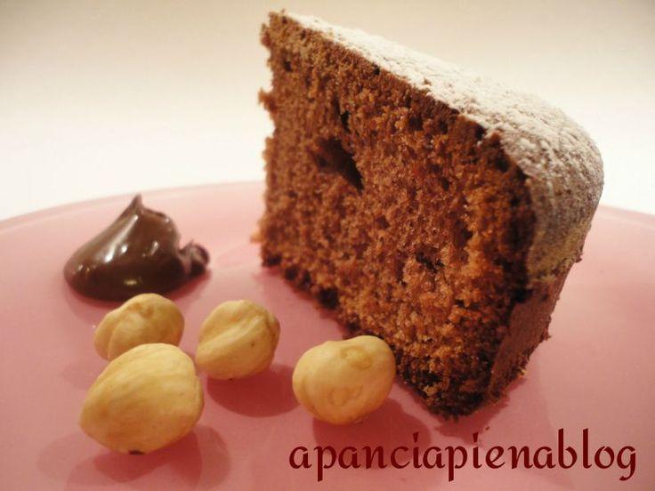 Buongiorno, finalmente sabato, coccoliamoci con questa deliziosa torta alla nutella, un dolce dal gusto unico per una ricetta da realizzare con semp