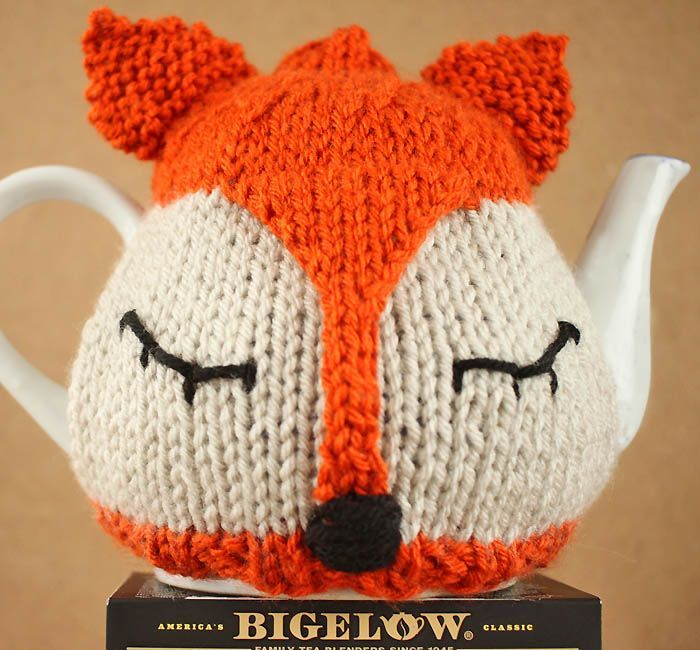 Small Tea Cosy Knitting Pattern : 1000+ images about Knitting on Pinterest