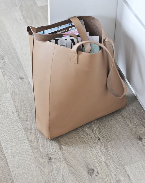 commute-ready tote
