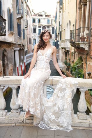 8f8324abe99 Destination Weddings - 5 Tips for Selecting Wedding Attire. An industry  expert