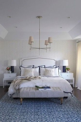 Once again for this week's Friday's Favourites I am featuring some decorating inspiration from the one home. This one is a Hamptons beauty in Queensland.