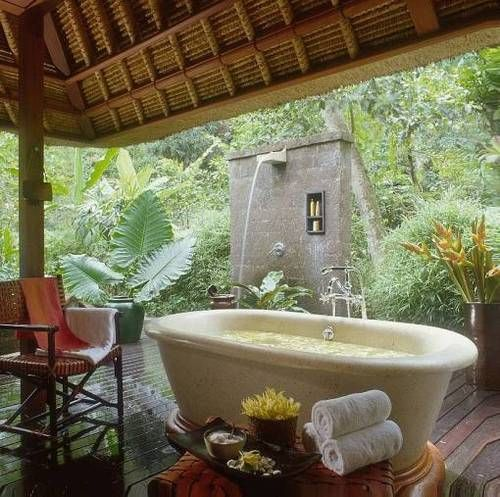 Bathroom Outdoor: 17 Best Images About Outdoor Clawfoot Bathtub On Pinterest