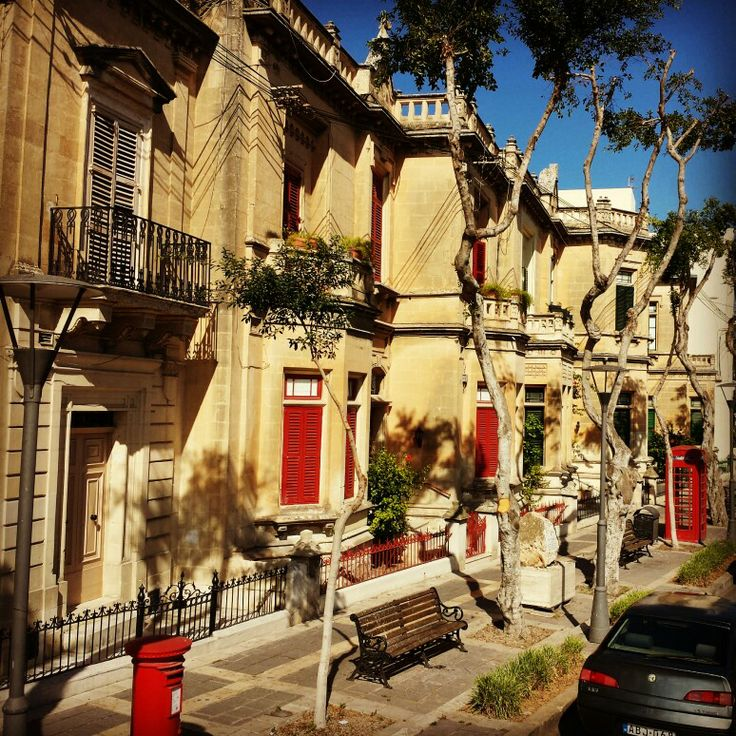 Never been to The Big Apple, but this street in Malta looks like it could be New York!