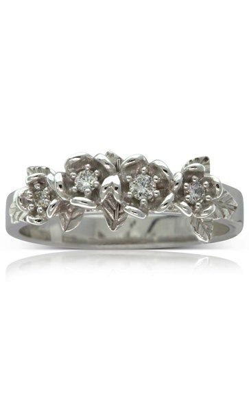 Karen Walker white gold .13ct diamond wreath ring