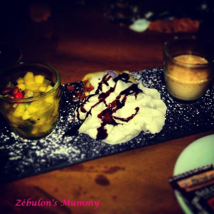 Pour la onzième semaine du projet 52 - 2015 , organisé par Milie du blog & C'est Quoi Ce Bruit ? &, le thème est & Gourmandises & !!! Cette gourmandise , je l'ai dégustée lors de ma soirée mercredi , au milieu de blogueuses dans un restaurant parisien...