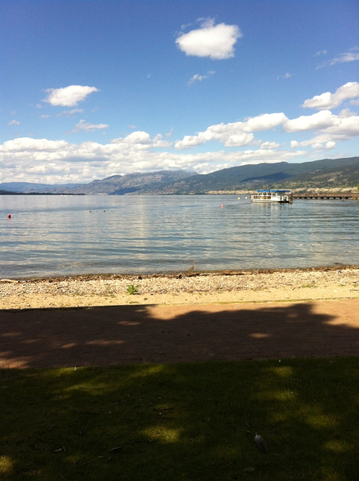 Okanagan beach in Penticton by the Lakeside Resort & Casino.