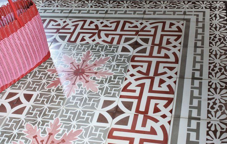 Wundervoller Bodenbelag aus Zementmosaikplatten