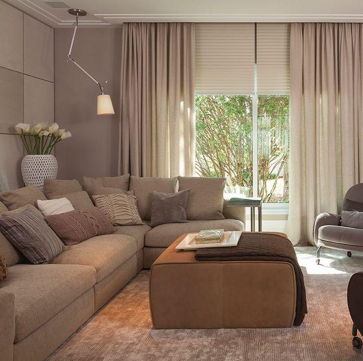 """AR Arquitetura & Design no Instagram: """"Nada como uma sofá confortável para relaxar! Uma peça indispensável numa sala de TV! Every TV room deserves a comfortable sofa! Decor by AR…"""""""