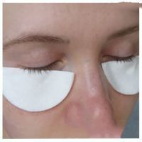 Natural Solutions to Rejuvenate Eye Contour