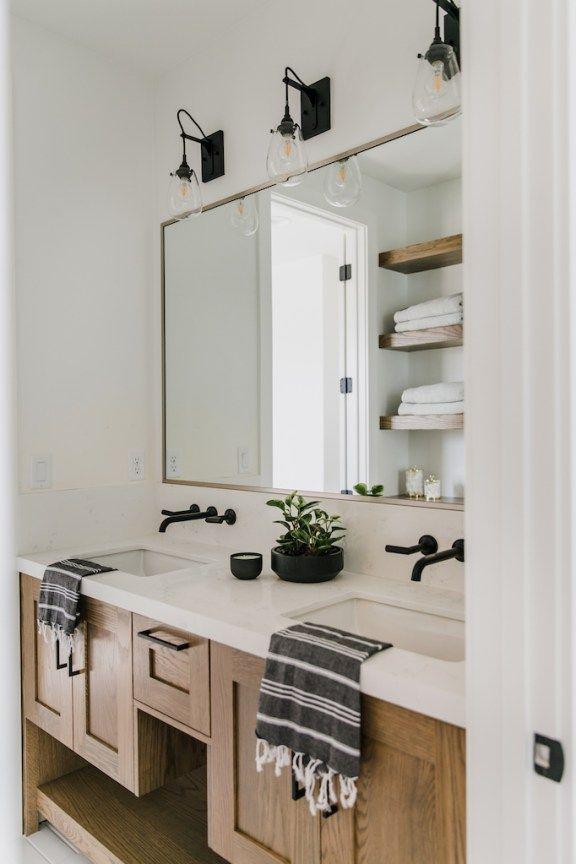 BECKI OWENS—Mixing Metals with Brizo in the Bathrooms of Villa Bonita