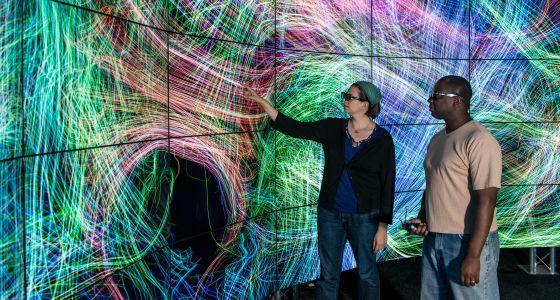 Un estudio explica la robustez de las redes neuronales y propone copiarlas para evitar catástrofes