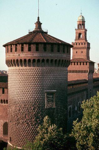 Italy Tours to Sforza Castle milan