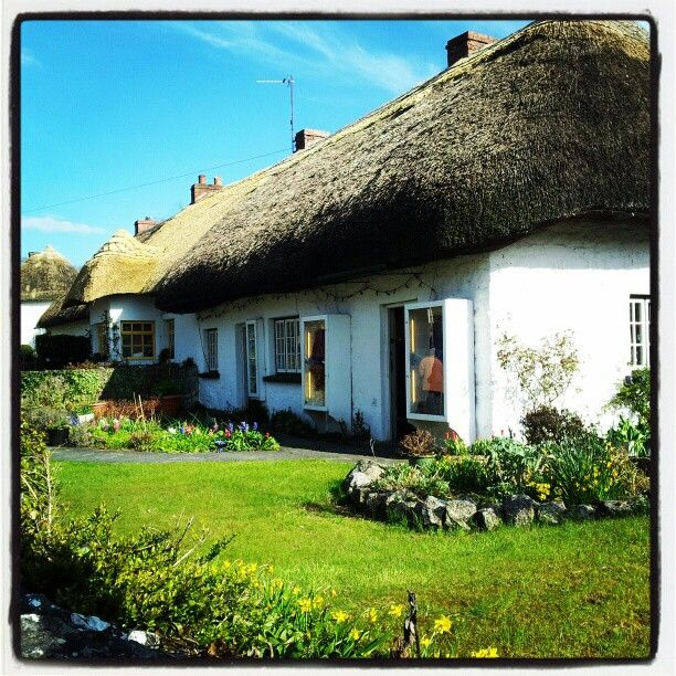 """#Adare #cottage #tatch #limerick #ireland #blueskies"""