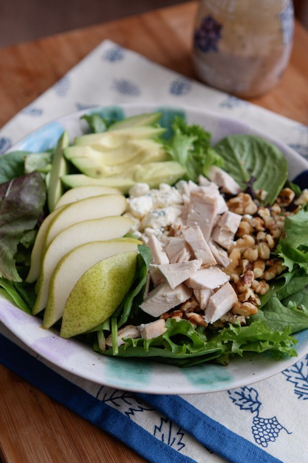 Chicken, Pear and Avocado Salad - one of my favorite fall salads! Grab a rotisserie and make this one today! recipe via aggieskitchen.com