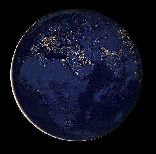 La agencia espacial NASA revela las imágenes nocturnas más detalladas del planeta Tierra | 20minutos.es