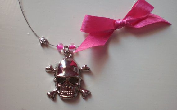 FREE SHIPPING skull stainless steel necklace by katerinaki106, $5.00