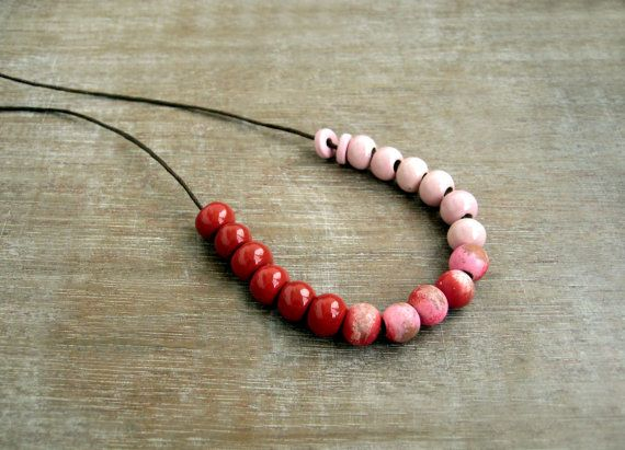 Red Ombre Necklace/Ceramic necklace/Red and pink by JullMade, €20.00