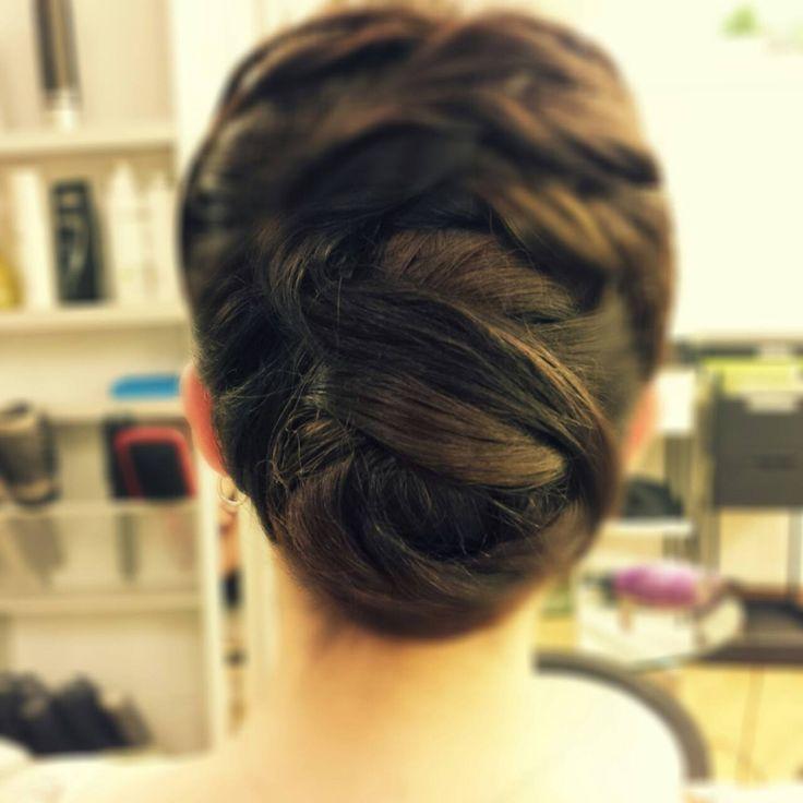 ROMANTIC TWIST by Sorin Stratulat. #romantic #beauty #hairstyle