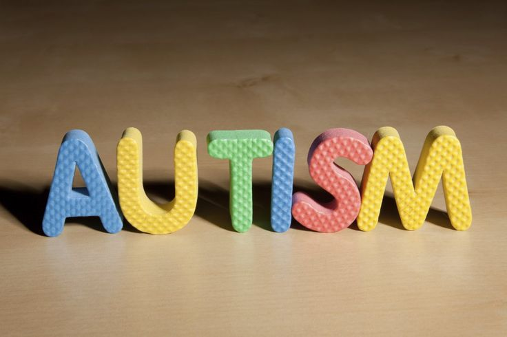Beberapa anak terlahir dengan gangguan tuna rungu sekaligus autisme. Anak-anak tuna rungu yang juga menyandang autis memang cukup jarang tetapi ada yang mengalaminya. Autisme itu sendiri bukan masalah yang sederhana. Gangguan tersebut menyebabkan anak kesulitan berinteraksi dengan orang-orang di sekitar dan juga mempengaruhi perkembangan bahasa mereka. Autisme memiliki spektrum yang luas dan biasanya akan mulai terlihat ketika anak berusia 3 tahun. Dengan penanganan dan identifikasi sejak…