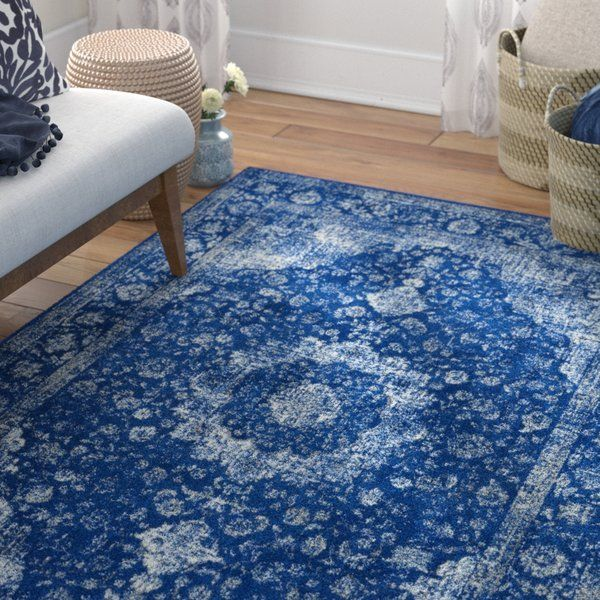 Whether Your Favorite Aesthetic Is Cozy And Traditional Or Global And Eclectic This 100 Polypropylene Rug Is Sure To Spark Blue Area Rugs Blue Rug Blue Area
