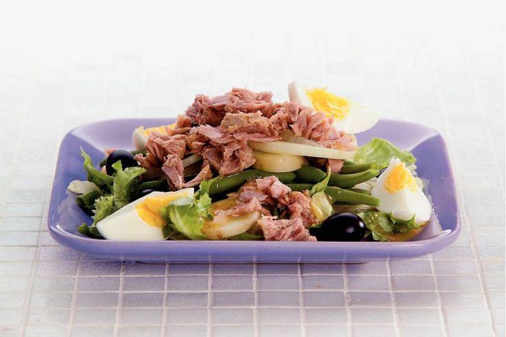 Kijk wat een lekker recept ik heb gevonden op Allerhande! Aardappelsalade met tonijn