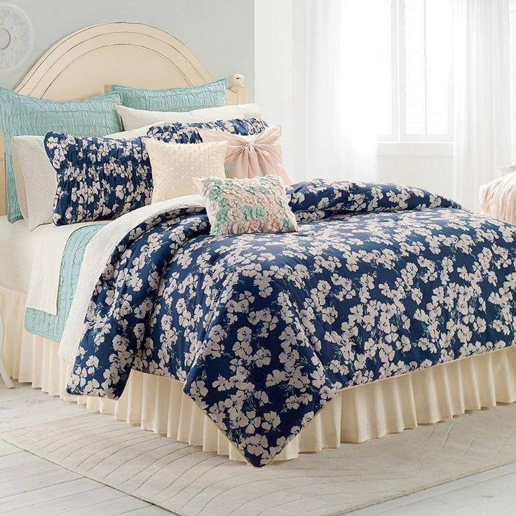 Bedding; Comforters; LC Lauren Conrad Teens & Tweens Comforters; LC Lauren Conrad. LC Lauren Conrad Swiss Dot Comforter Set, Blue. CONNEXITY. More Photos $ $ at Kohl's See It Now. This LC Lauren Conrad Emma Metallic Dot quilt set will give your bedroom a .