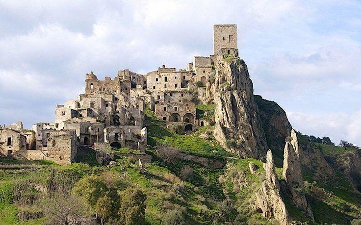 News Dumper: Italian ghost towns