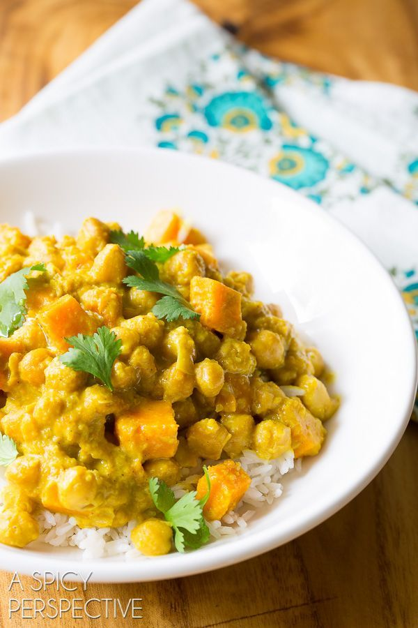 The Best Chickpea Curry in the Slow Cooker #slowcooker #crockpot - this minus the sweet potatoes