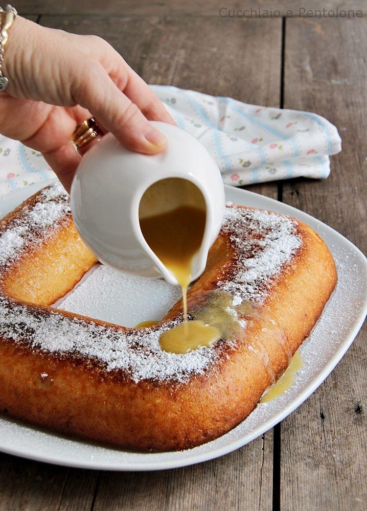 Effettivamente questa non è una ricetta natalizia ma quando ho pubblicato la foto su fb ha riscosso un notevole successo, sarà per quella salsa che cola e che fa venire voglia di mangiarne subito una fetta. Comunque sia scrivo un velocissimo post per chi fosse interessato, la ricetta è della classica torta di risoRead more