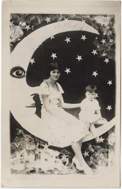 moon--I love these pictures. Too bad they don't do this anymore.