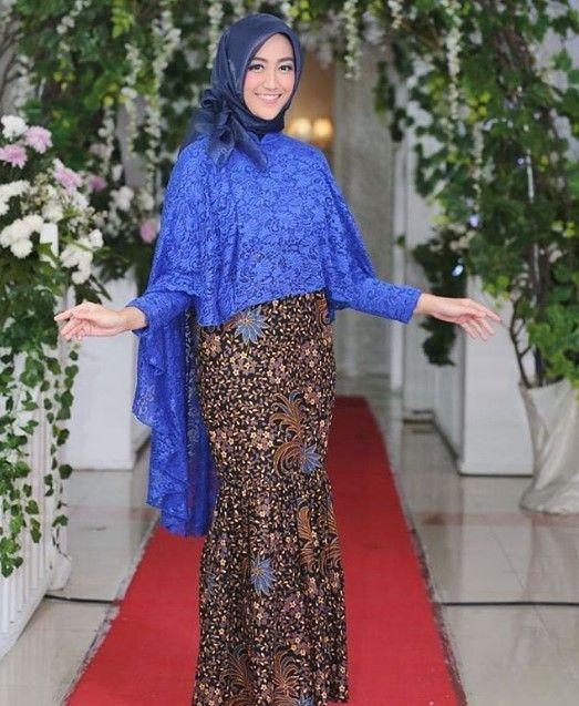73 Gambar Baju Brokat Variasi Batik Paling Bagus Modelbaju Id