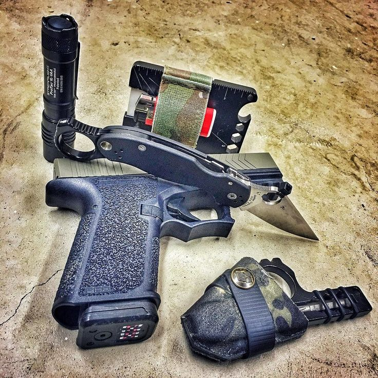 Wise Men Company edc essentials. Wallets Signet Rings and Wise Guys are in stock right now. #WiseMen #2a #edc #edcgear #everydaycarry #gunlife #pocketdump #igmilitia #pewpew #polymer80 #mensfashion #wiseguy #ar15 #spyderco #pocketetools #multitool #guns #paramilitary3 #knives #prepared #gunsofig #gunaddict #igshooters #gunvids