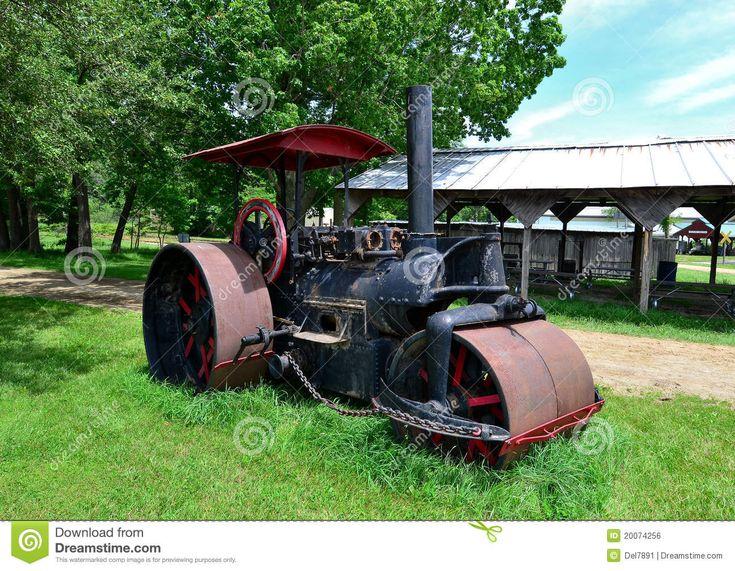 старый трактор пара - Скачивайте Из Более Чем 27 Миллионов Стоковых Фото, Изображений и Иллюстраций высокого качества. изображение: 20074256