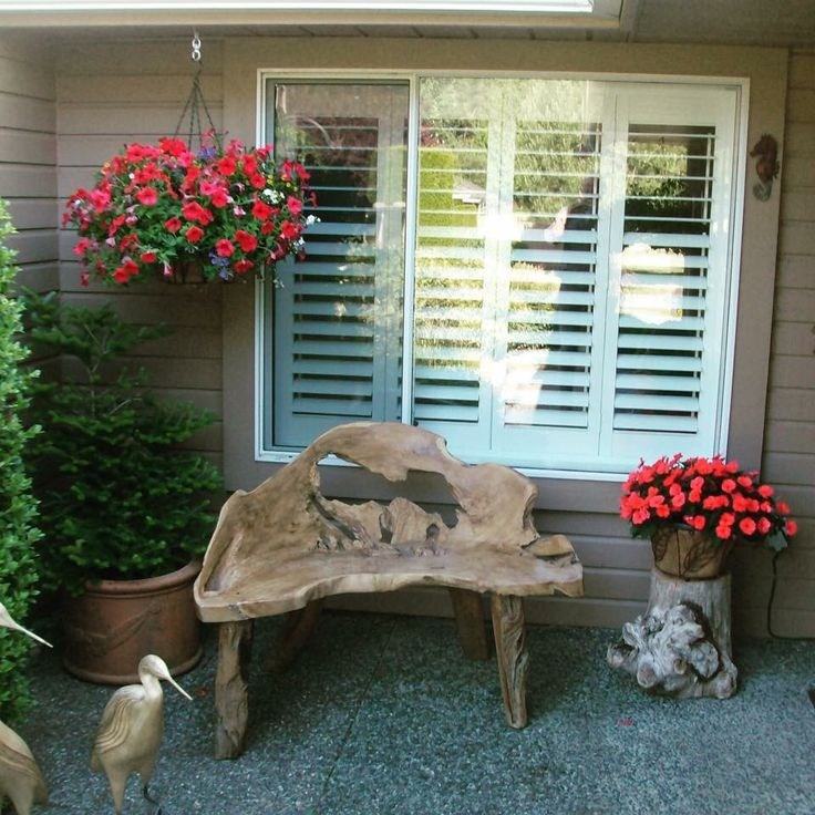 Woke up this morning to another beautiful Happy Customer photo. This teak bench looks amazing in the front of their house:)