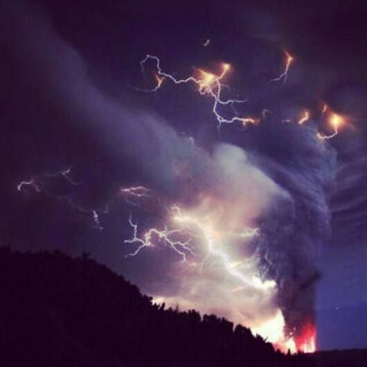 #mount #kelud #disaster #indonesia #blast #fire #lightning