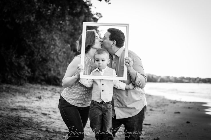 Family Photo-shoot on the beach! What a beautiful family =) To see more please visit:  www.JolanaBPhotography.com