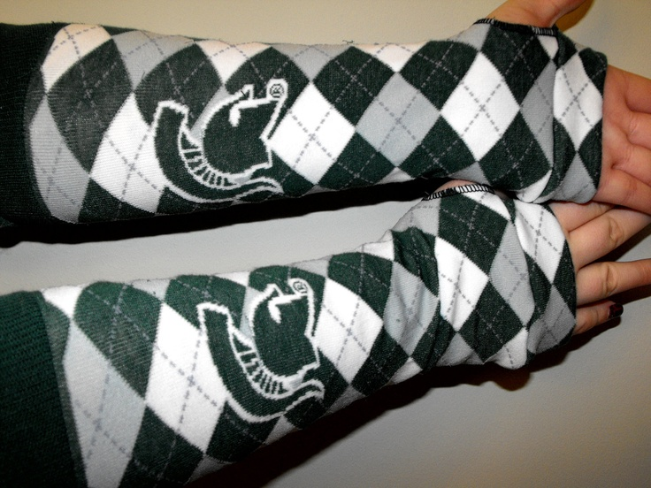 Michigan State University, Spartans, Collage football, adult figerless gloves, arm warmers. $19.50, via Etsy.