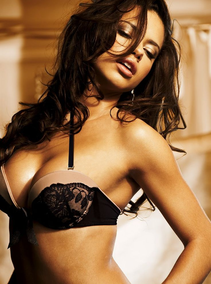 17 Best images about Adriana Lima on Pinterest