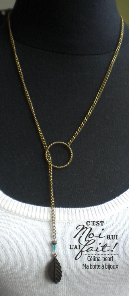 Collier chaine bronze, plume & perle de verre vert émeraude : Collier par celina-pearl-ma-boite-a-bijoux