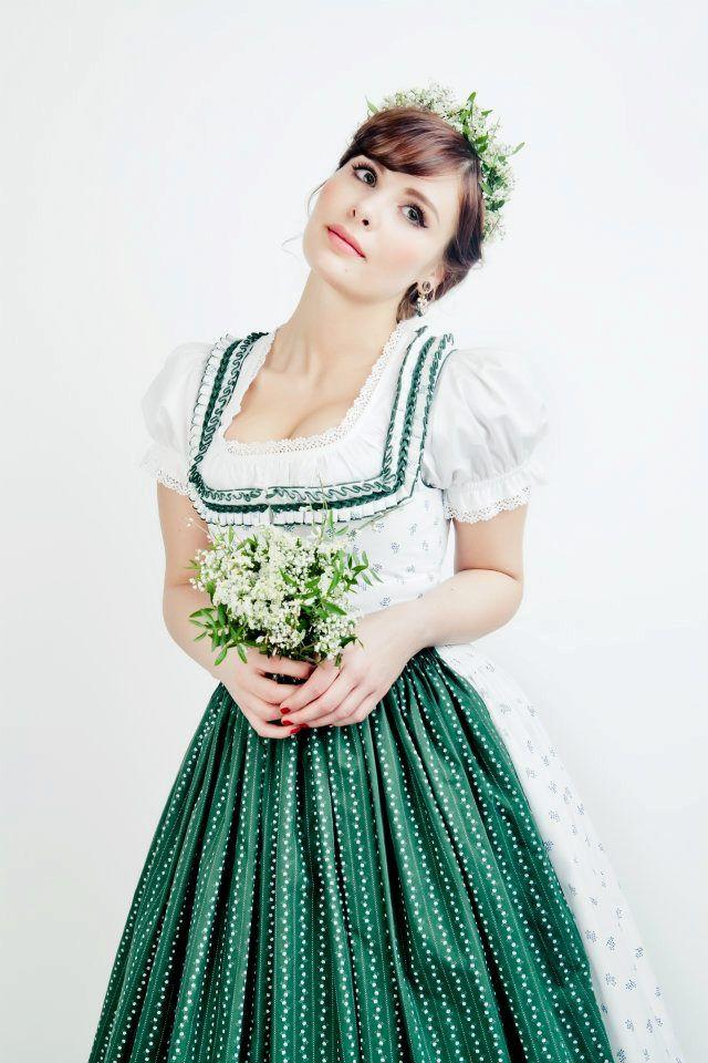 Hochzeitsdirndl Lena Hoschek Tradition