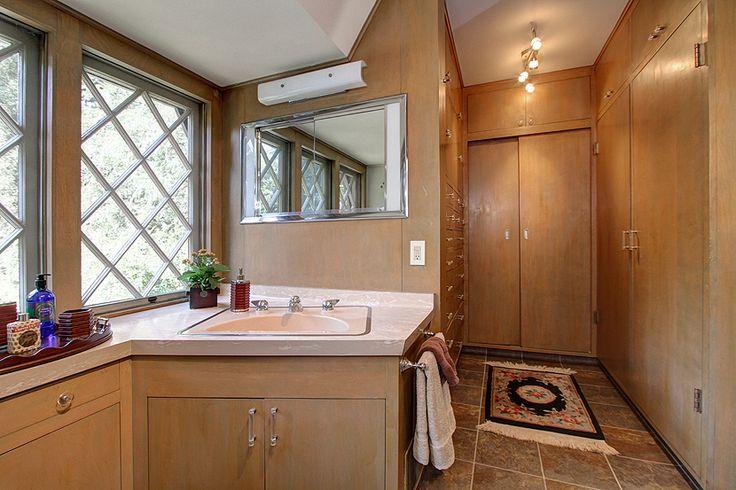 His Bath Before Photo 2014 Pasadena Showcase House Of