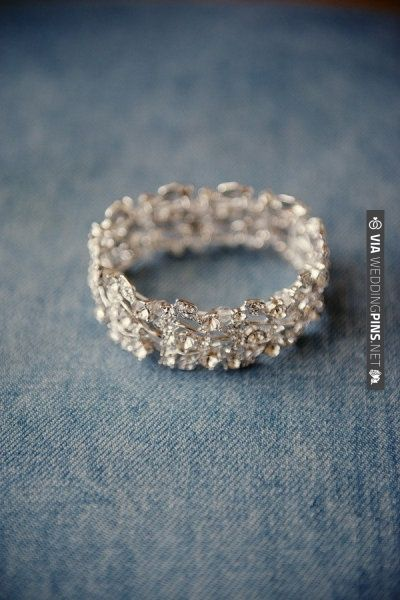 gorgeous wedding band | VIA #WEDDINGPINS.NET